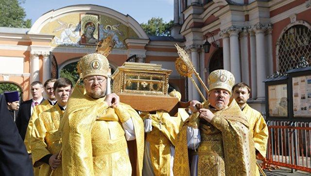 Ковчег с мощами святителя Николая Чудотворца в Петербурге