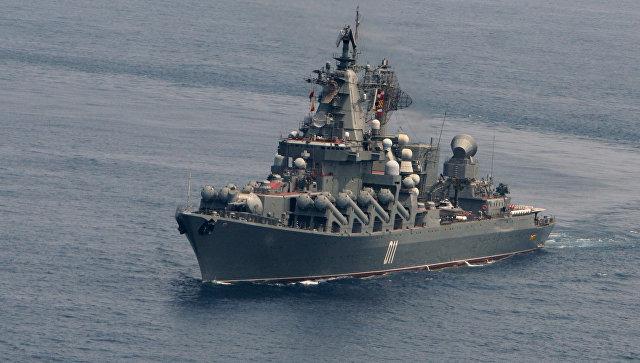 Гвардейский ракетный крейсер ВМФ России Варяг. Архивное фото