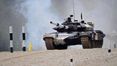 Участники соревнований по танковому биатлону команды Вооруженных сил России Армейских международных Игр-2017. 30 июля 2017