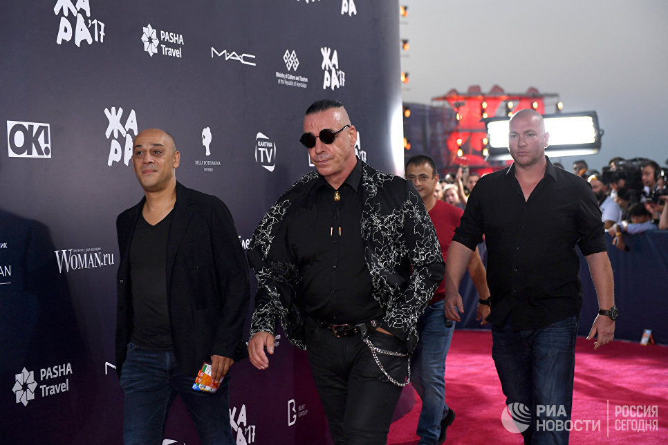 Солист группы Rammstein Тилль Линдеманн на международном музыкальном фестивале ЖАРА в Баку