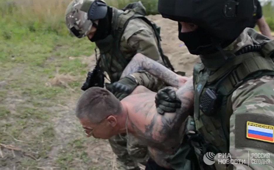 НаУрале ивЦФО ФСБ пресекла деятельность группы подпольных продавцов оружия