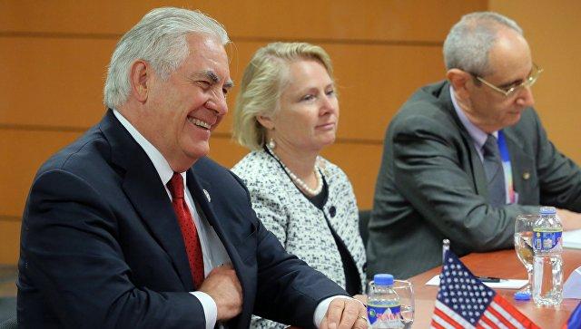 Государственный секретарь США Рекс Тиллерсон во время встречи с Сергеем Лавровым в Маниле. 6 августа 2017