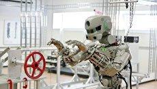 Испытание антропоморфного робота Федор проекта Спасатель. архивное фото