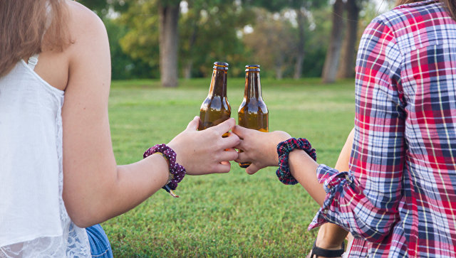 Ранняя алкоголизация: когда российские подростки начинают пить ...
