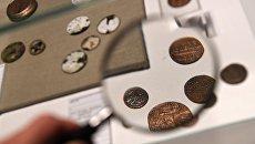 Монеты на выставке Тайны московских подземелий в Музее Москвы