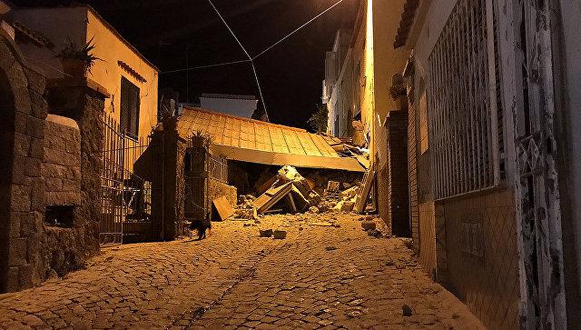 Последствия землетрясения на острове Искья у побережья Неаполя. 22 августа 2017