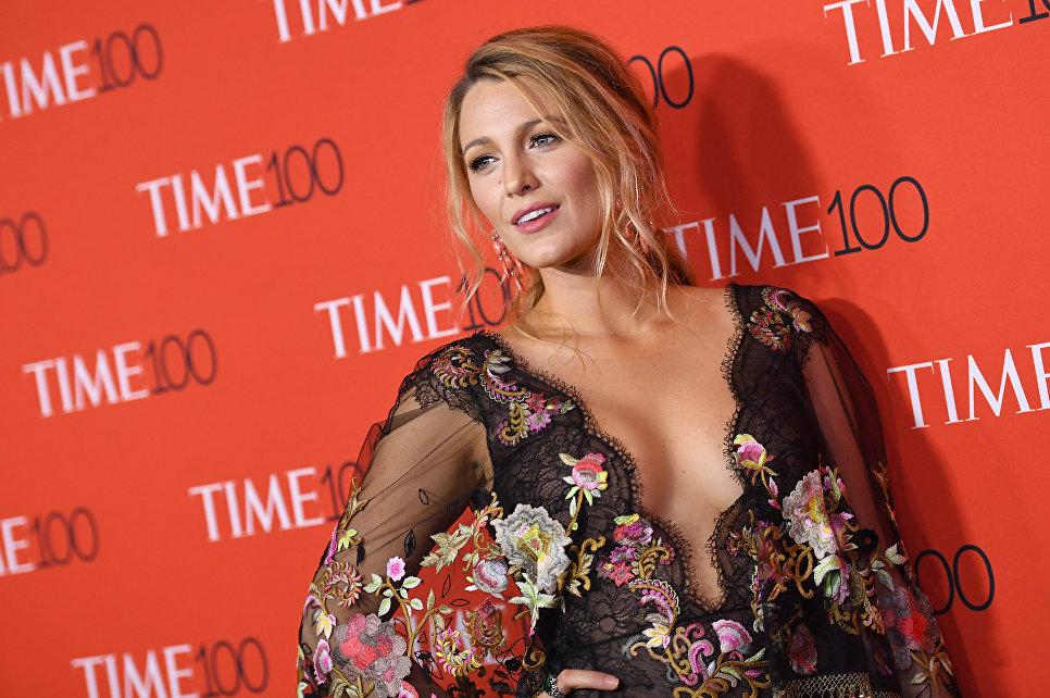 Актриса Блейк Лайвли во время Time 100 Gala at Jazz в Нью-Йорке