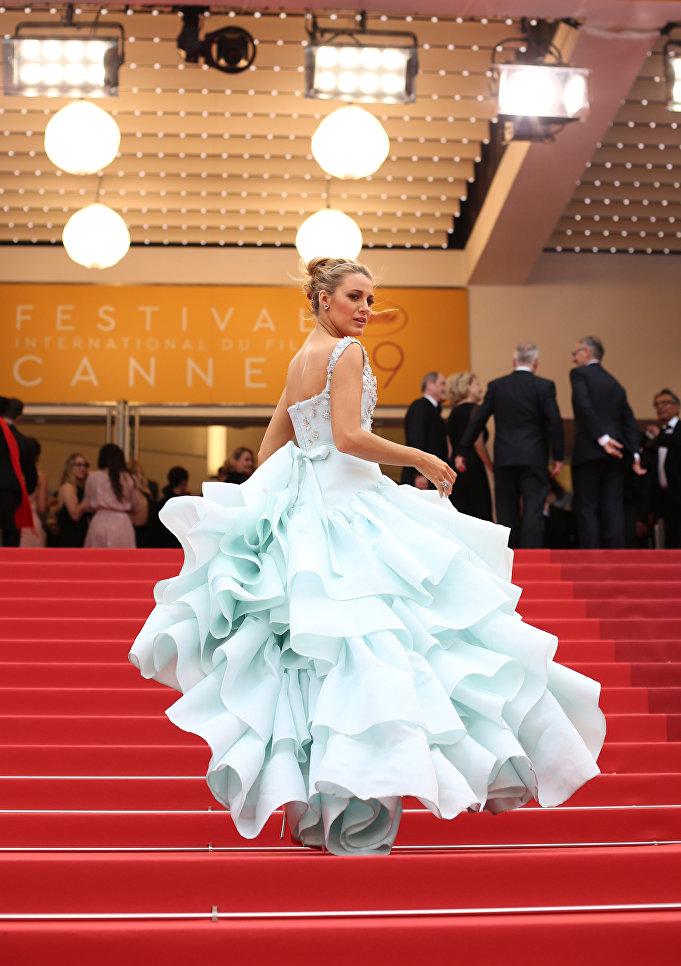 Актриса Блейк Лайвли на 69-м Каннском кинофестивале во Франции