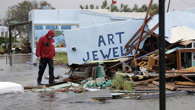Последствия урагана Харви в Рокпорте штат Техас США