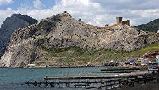 Вид на Генуэзскую крепость в городе Судак