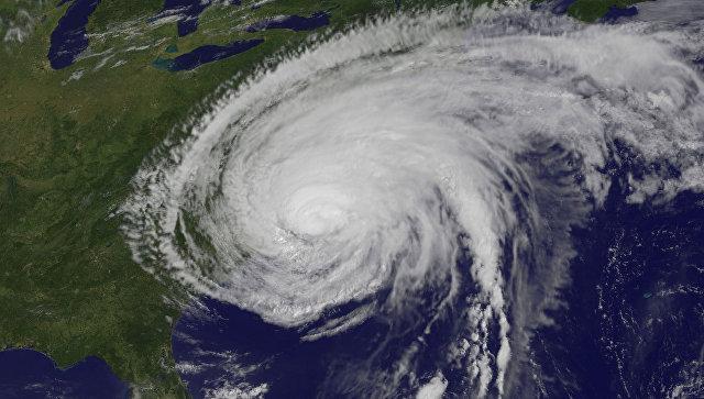 ВАтлантическом океане штормы «Ли» и«Мария» усилились доураганов