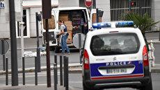 Автомобиль полиции в Париже. Архивное фото