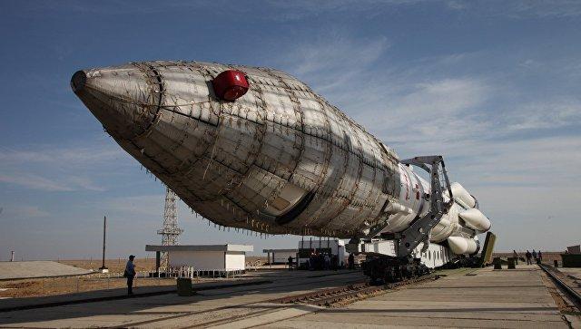 Ракета «Протон-М» благополучно вывела наорбиту испанский спутник