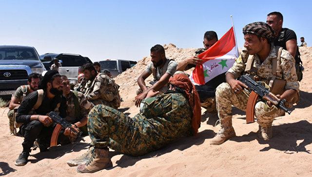 Сирийские военные в окрестностях Дейр-эз-Зора. 9 сентября 2017