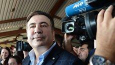 Михаил Саакашвили на железнодорожном вокзале в польском Пшемышле. 10 сентября 2017
