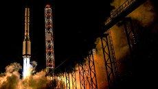 Старт ракеты-носителя Протон-М с телекоммуникационным космическим аппаратом Амазонас-5 с пусковой площадки космодрома Байконур