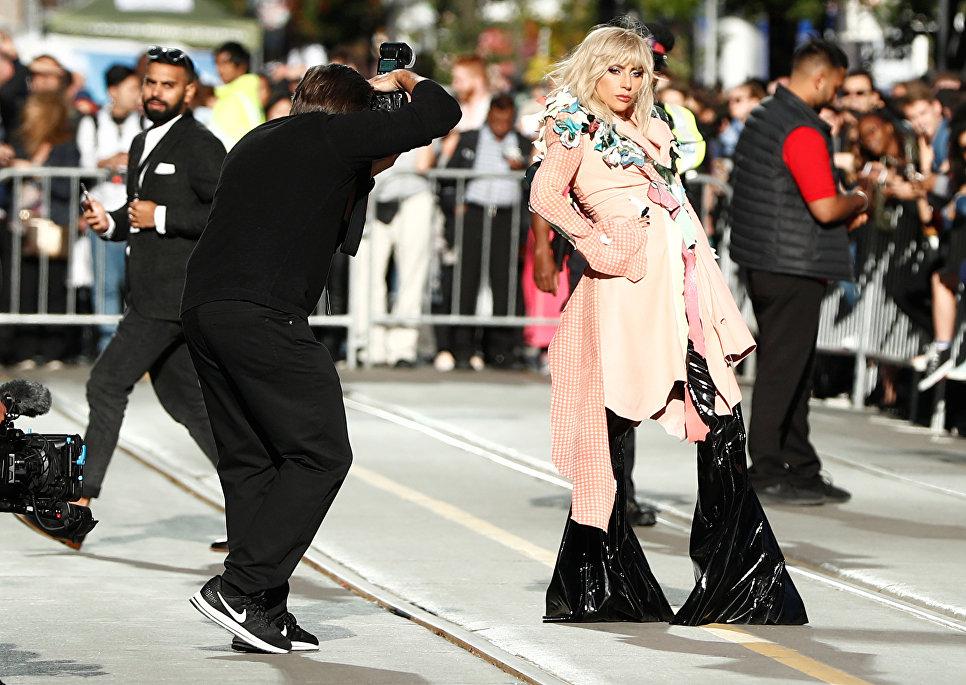 Американская певица Леди Гага прибыла на премьеру фильма Гага: 155 см во время кинофестиваля TIFF в Торонто