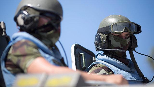 Политолог: Киев хочет видеть в Донбассе вовсе не миротворцев