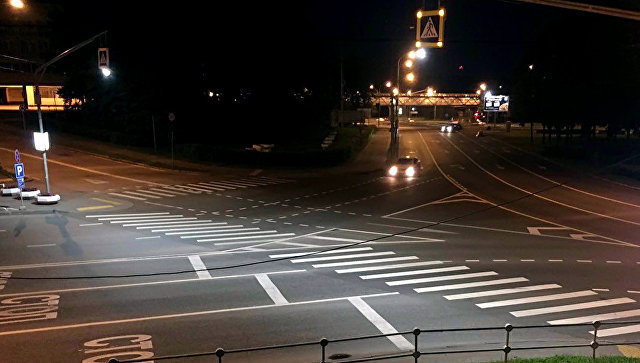 В столице стартовал эксперимент пооснащению дополнительной подсветкой пешеходных зебр