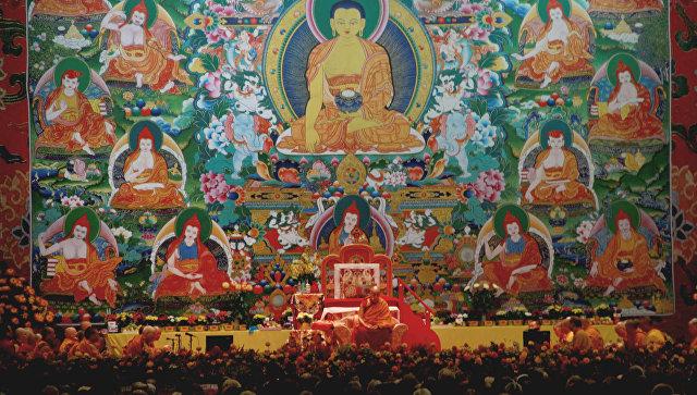 Далай-лама призвал повсеместно ввести преподавание светской этики