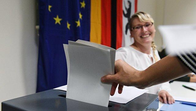 """Сопредседатель """"Альтернативы для Германии"""" выступает за умеренный курс"""
