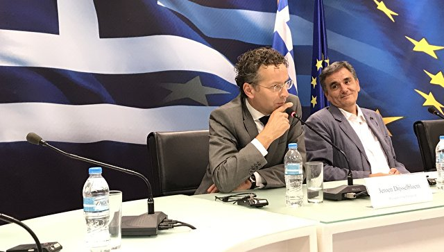 Выборы в ФРГ не повлияют на программу помощи Греции, заявили в Еврогруппе