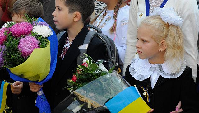 """Языкового равноправия на Украине не будет. Но некоторые языки """"подравняют"""""""