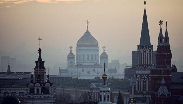 Вид на центр Москвы с крыши Центрального детского магазина на Лубянке. Архивное фото