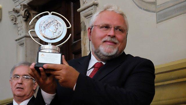 Руководитель представительства МИА Россия сегодня в Италии Сергей Старцев удостоен Международной премии Constantinus Magnus. 1 октября 2017
