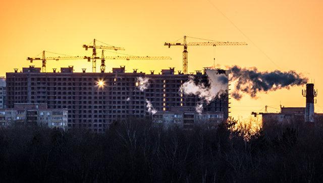 Закат солнца в Москве. Архивное фото