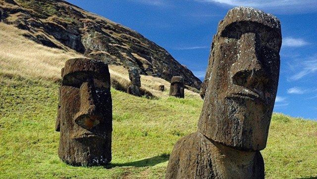 Истуканы моа'и на острове Пасхи