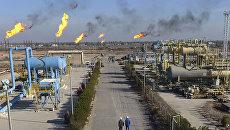 Нефтяной завод в Басре, Ирак. Архивное фото