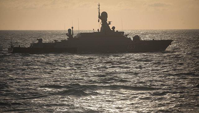 Моряки Каспийской флотилии подготовили корабли кзиме