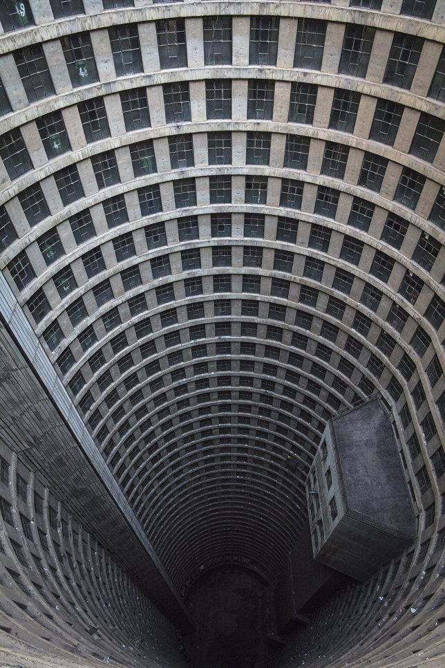 Жилищный комплекс Ponte City в Йоханнесбурге, Южная Африка