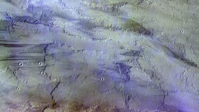 Зонд «ЭкзоМарс» прислал первую цветную фотокарточку марсианских облаков