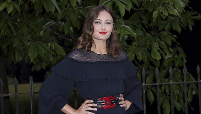 СМИ: Брэд Питт нашел Анджелине Джоли молодую замену