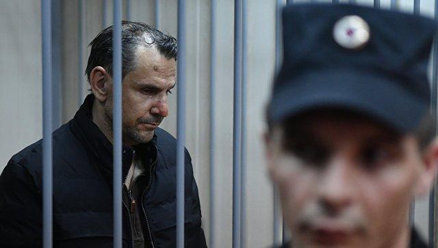 Подозреваемый в нападении на журналистку Эха Москвы Татьяну Фельгенгауэр Борис Гриц в Пресненском суде Москвы. 24 октября 2017