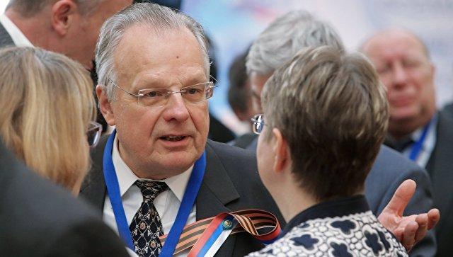 Путин предоставил гражданство корреспонденту деКошко ихудожнику Рабину