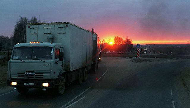 Поборы сдальнобойщиков награнице Азербайджана закончились