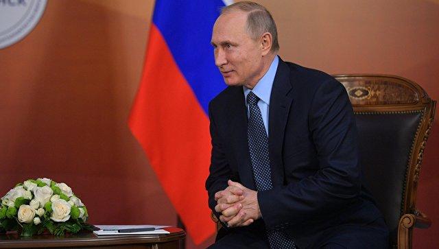 Владимир Путин во время двусторонней встречи с президентом Казахстана Нурсултаном Назарбаевым в Челябинске. 9 ноября 2017