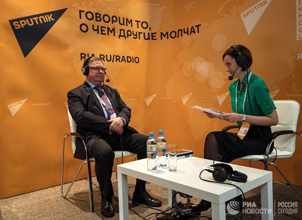 Сергей Степашин в студии радио Sputnik на Санкт-Петербургском международном культурном форуме