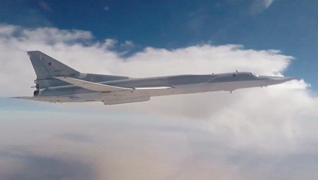 Дальние бомбардировщики Ту-22М3 наносят групповой авиационный удар по объектам террористической группировки Исламское государство. Архивное фото