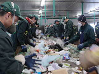 Линия сортировки мусора
