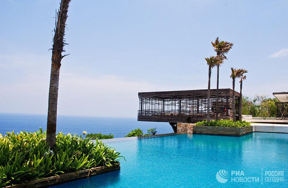 Бассейн на курорте Alila Uluwatu, Бали