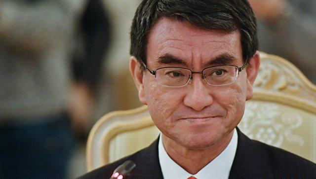 Министр иностранных дел Японии Таро Коно. Архивное фото