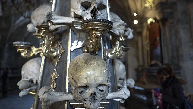 Кладбищенский костел Всех Святых в Кутна Гора