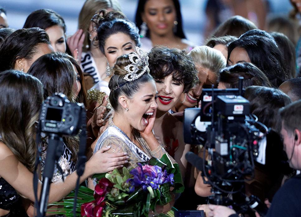 Титул «Мисс Вселенная-2017» завоевала тренер посамообороне изЮАР