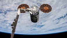 Американский космический грузовик Cygnus пристыковался к МКС. 14 ноября 2017