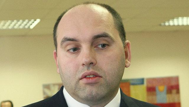 Политолог Смирнов заявил, что его не просили отказаться от выборов