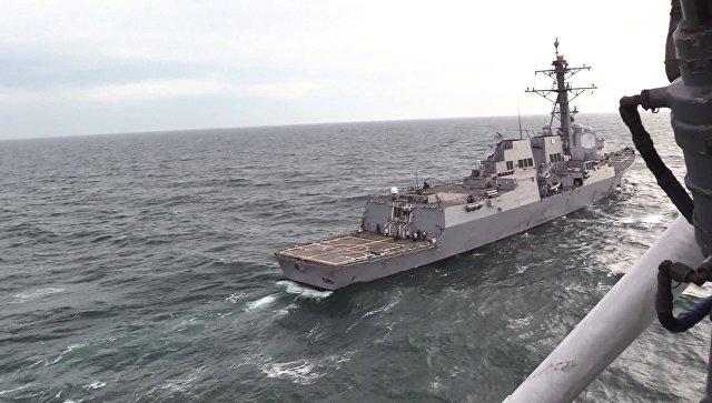 Во время проведения совместных учений Военно-Морских Силы Украины с эсминцем ВМС США Джеймс Уильямс. 2 декабря 2017. Архивное фото